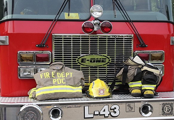By Correne MartinPrairie du Chien Cabela's hosted a remembrance ceremony and first responder tribute Saturday, Sept. 11, at 8:30 a.m., just moments before the official 20th anniversary of the terrorist attacks against the U.S. in 2001. Firemen, EMS, law enforcemenet officers and...